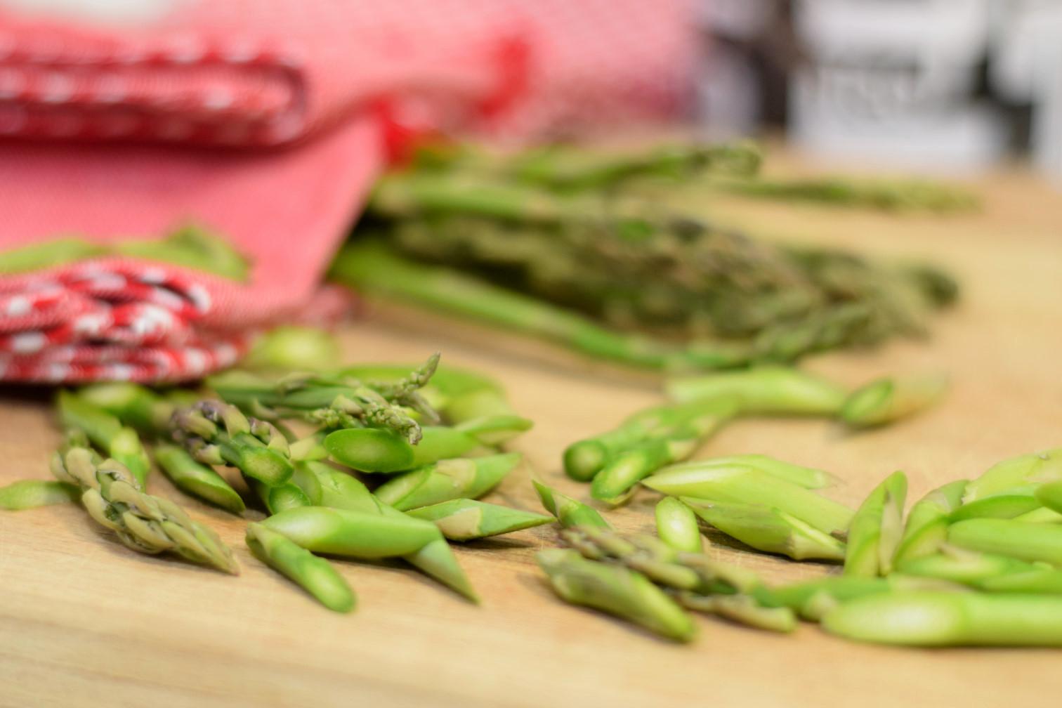 simple asparagus omelette recipe03