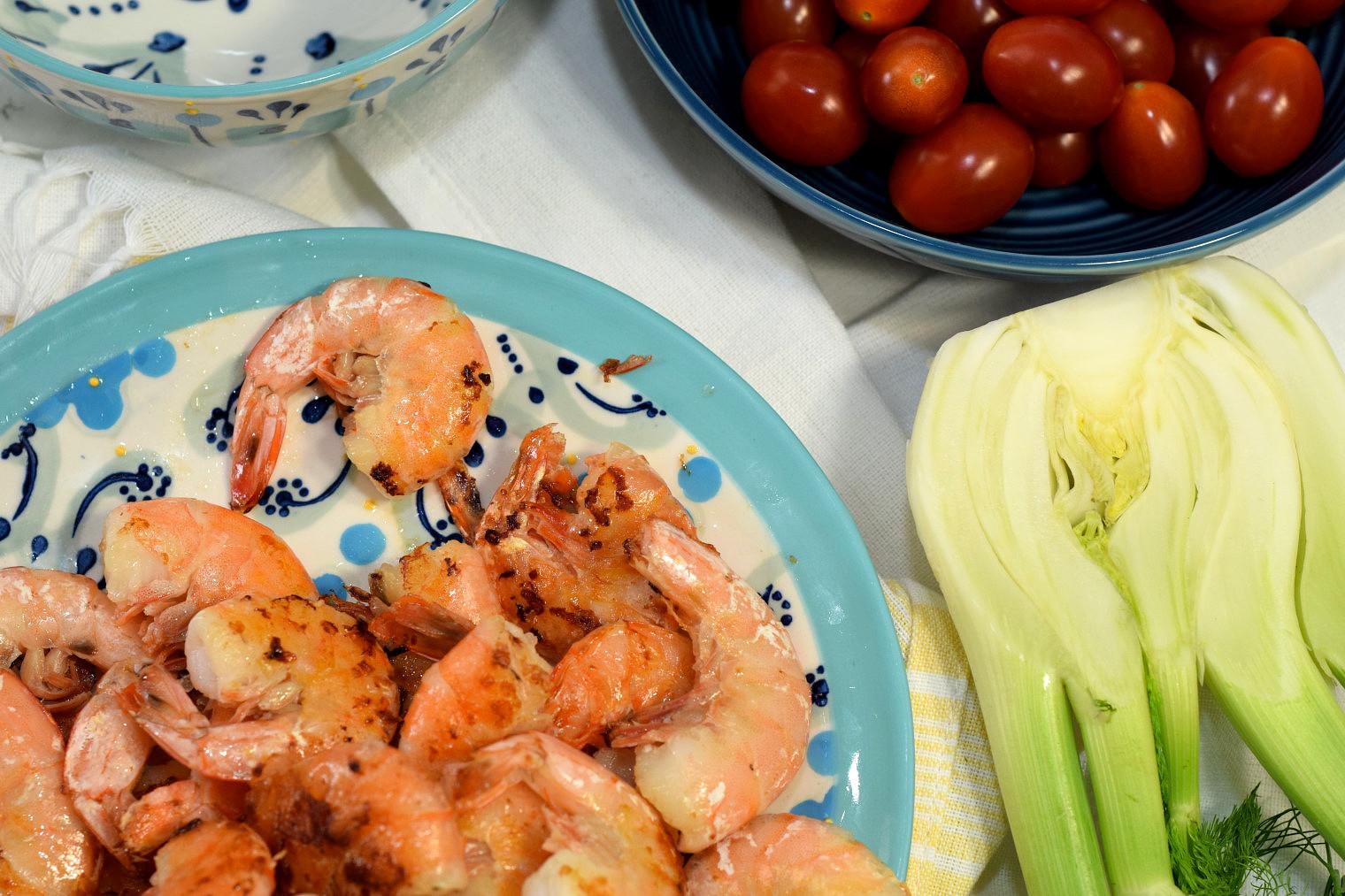 mediterranean quinoa pilaf with prawns recipe03