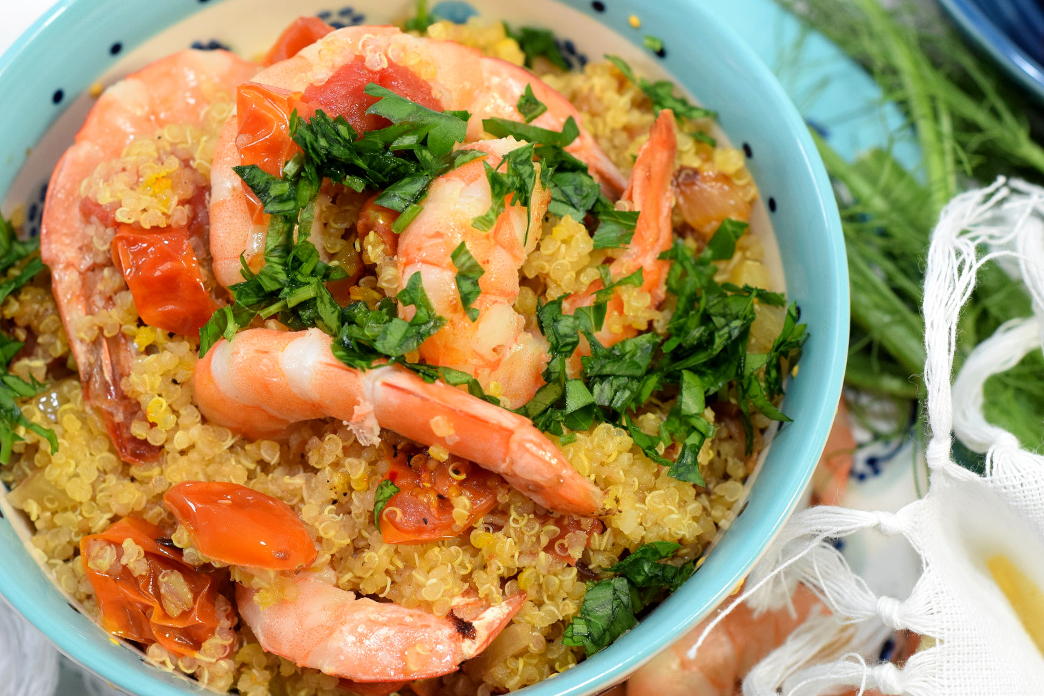 mediterranean quinoa pilaf with prawns recipe05