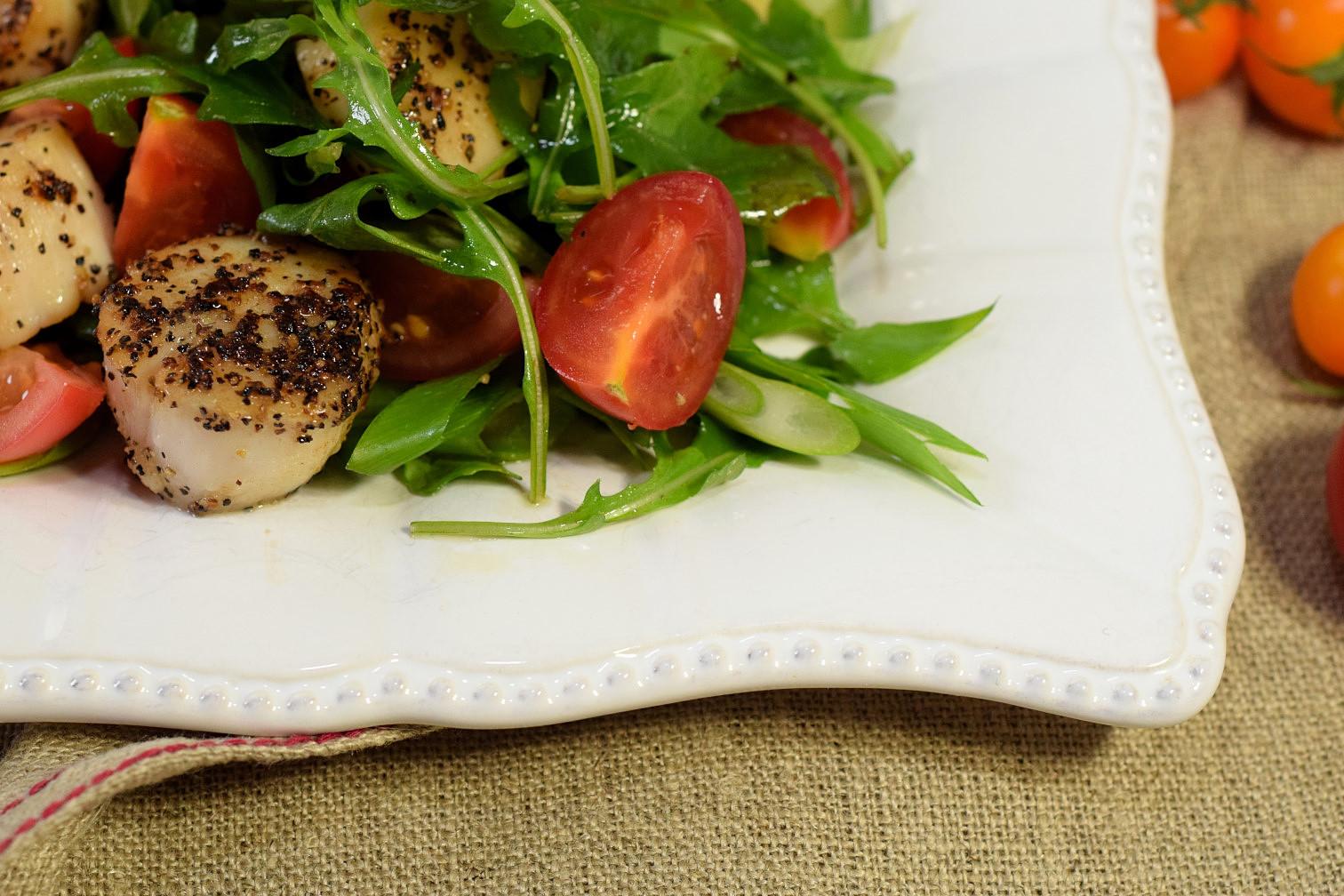 seared scallops avocado tomato salad recipe03